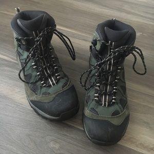 hot sale online 520f6 f9c06 Salomon Shoes | X Ultra 3 Mid Gtx | Poshmark